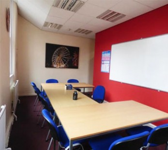 classes english school manchester